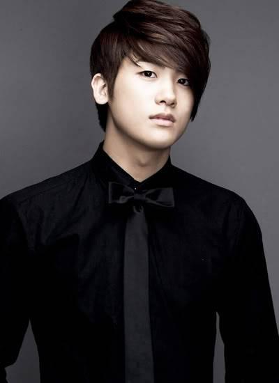 [GALERIA] HyungSik Tumblr_kwwmg3z4Xo1qa5gb8o1_400