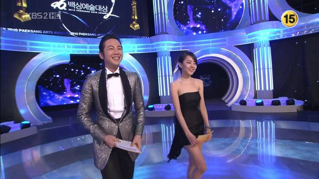 Moon Geun Young tại lễ trao giải Baeksang 2010 1269608875_201003262208494961235901