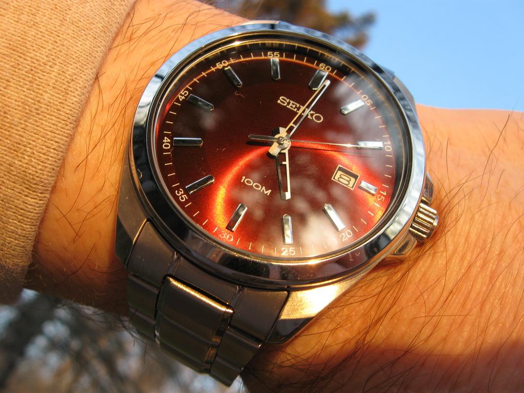 Super sleek Seiko from a friend IMG_3041_zps1dgcglsb
