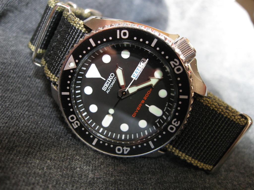 DWC Auction/donation watch  IMG_3094_zpsg7ihbruq