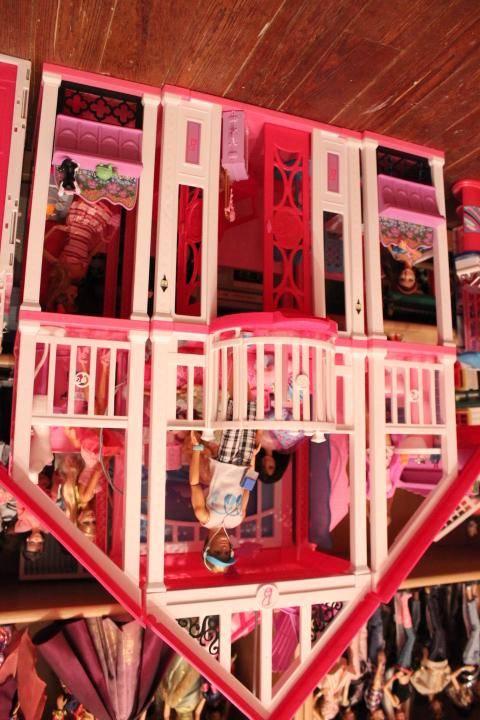 Mon mur barbie, poupées et playsets :) IMG_2477_zpsc8a3d4b6