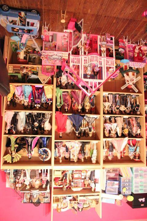Mon mur barbie, poupées et playsets :) IMG_2481_zps22588505