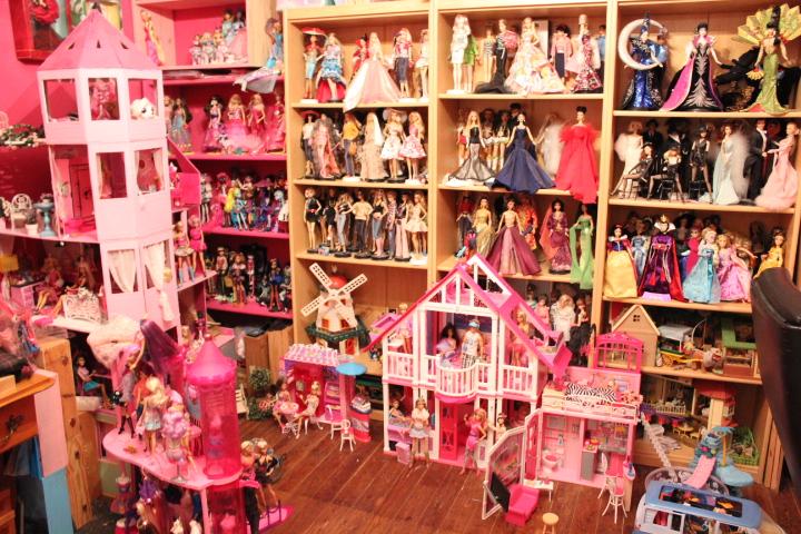 Mon mur barbie, poupées et playsets :) IMG_2482_zpsee6cd75d
