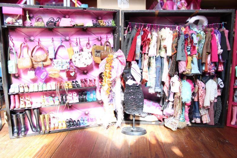 Mon mur barbie, poupées et playsets :) IMG_3107_zpsacbed326