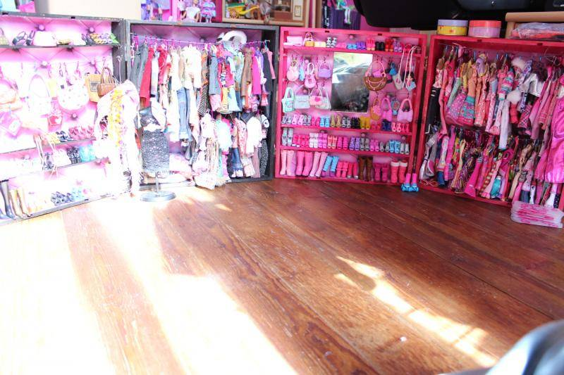 Mon mur barbie, poupées et playsets :) IMG_3109_zps1015ad25