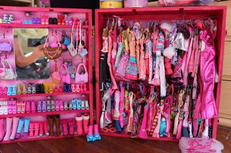 Mon mur barbie, poupées et playsets :) IMG_3113_zpsb113694d