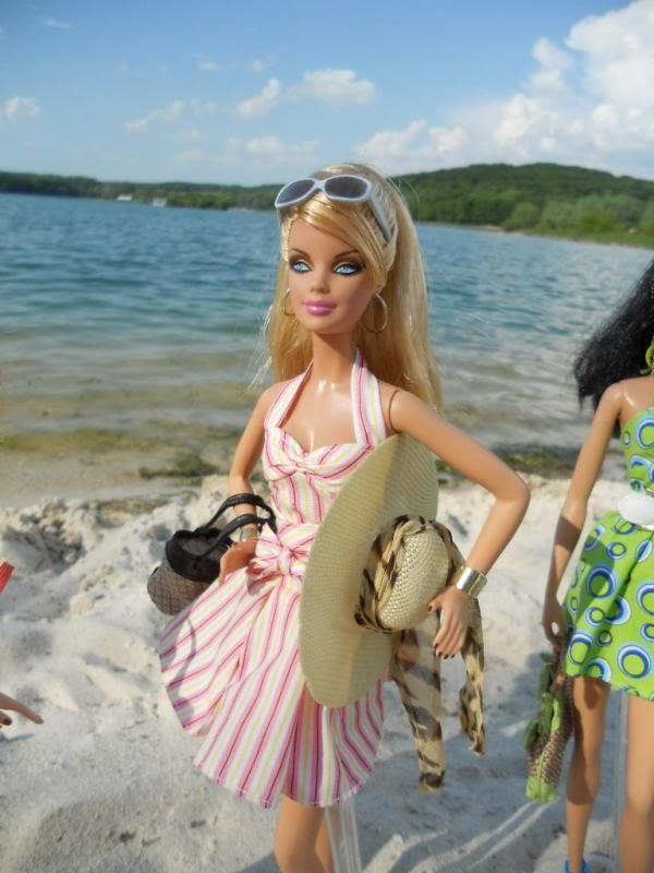Let's go to the beach ! DSCN0690_zps114c93c6