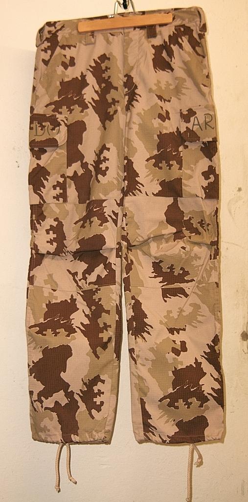 Lithuanian M05 Desert Uniform 06_zpsixfg2trq