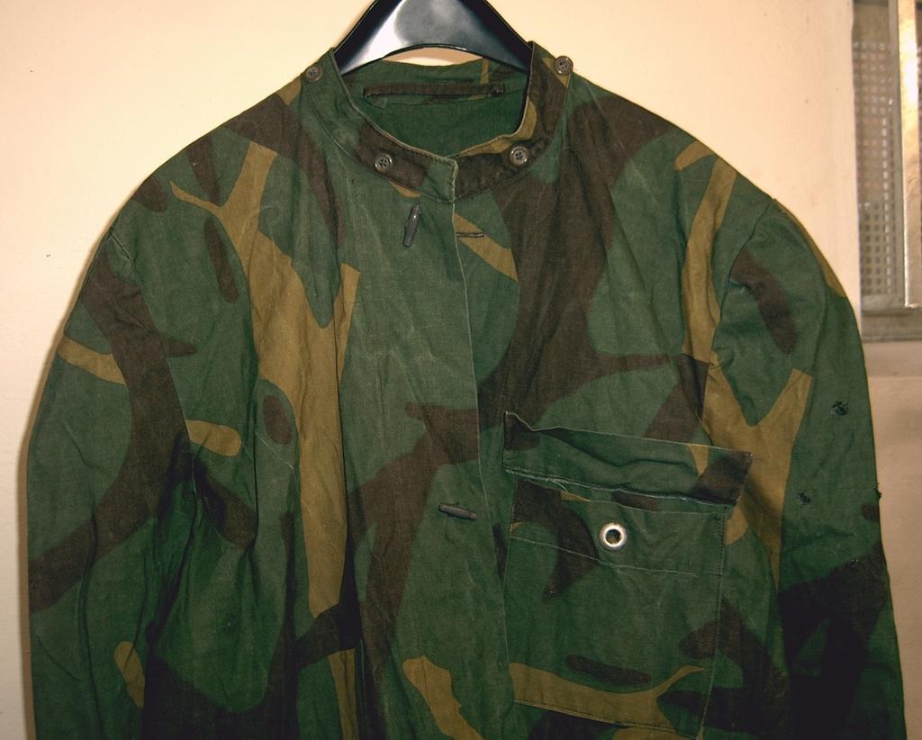Yugoslav M68 MOL Jacket made of tent sheet? 02_zpsc8rexi0d