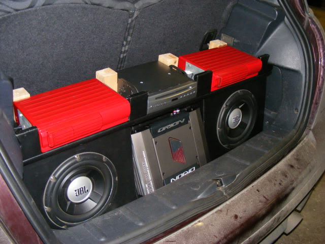 Nicola's stereo upgrade  DSCF2012