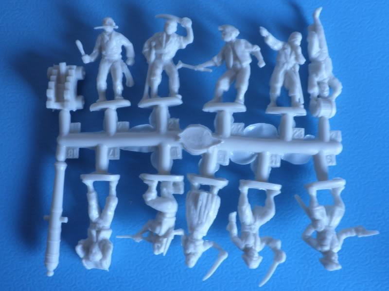 Figurines pour la licorne 1/72 P2250002