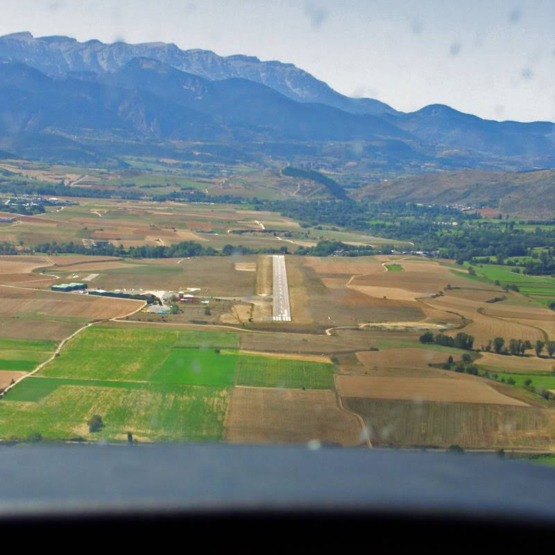 agora virou um tour - voando nos Pirineus - de Girona para La Cerdana - Cirrus EagleSoft Lacerdania