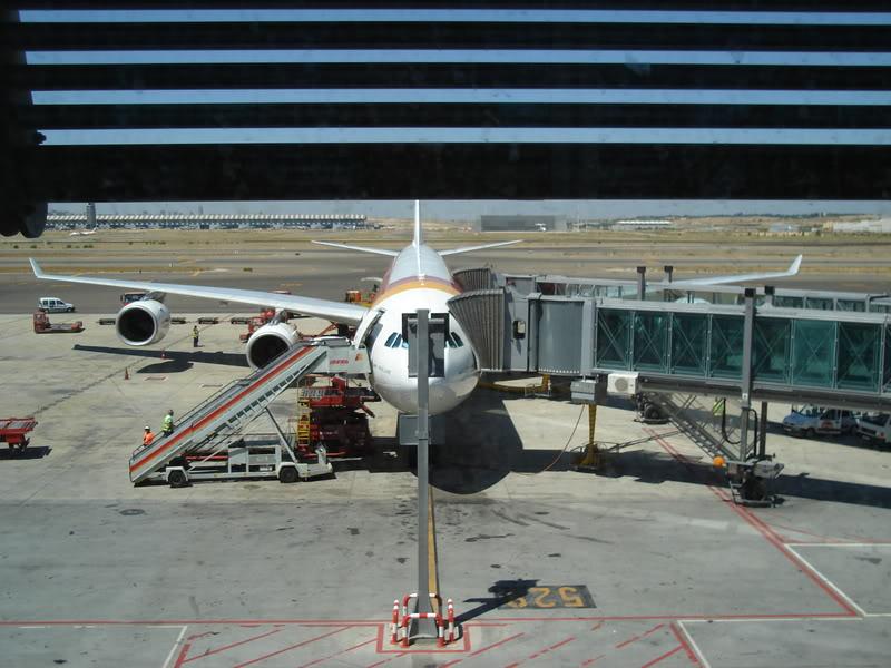 [REAL] - Rio - Madri - Lisboa - parte 1/2 - ida  A340 600 - Ibéria DSC01093