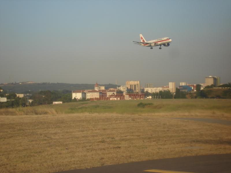 [REAL] - Rio - Madri - Lisboa - parte 2/2 - volta  A340 600 - Ibéria DSC01702