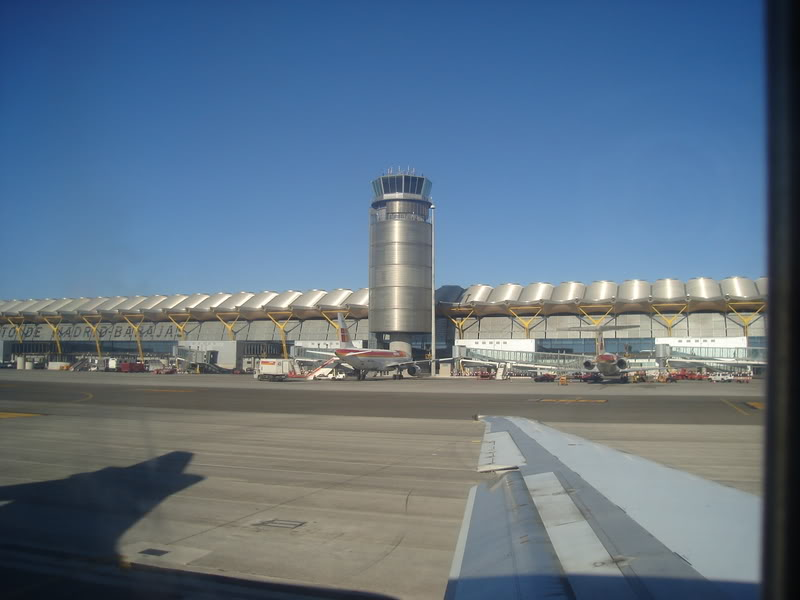 [REAL] - Rio - Madri - Lisboa - parte 2/2 - volta  A340 600 - Ibéria DSC01712