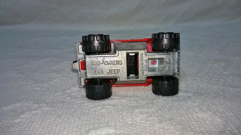 N°244 Jeep 4x4 Jeep3_1
