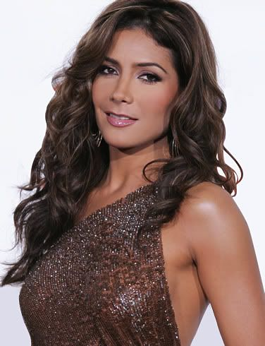 Paty Manterola Pictures, Images and Photos