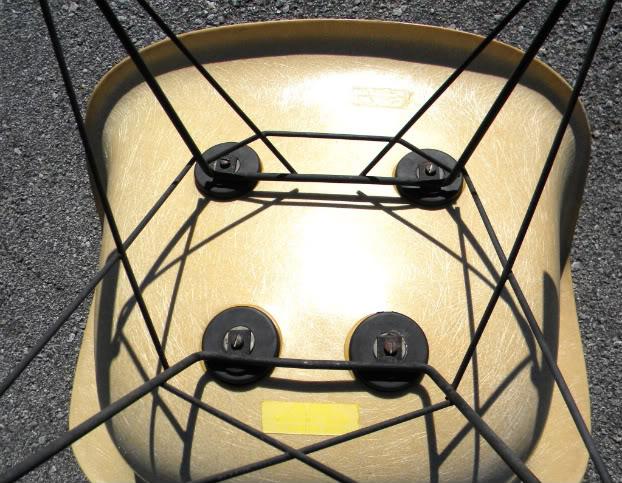 HELP & QUESTIONS Vintage Herman Miller Eames RAR rocker ModHMbase0005