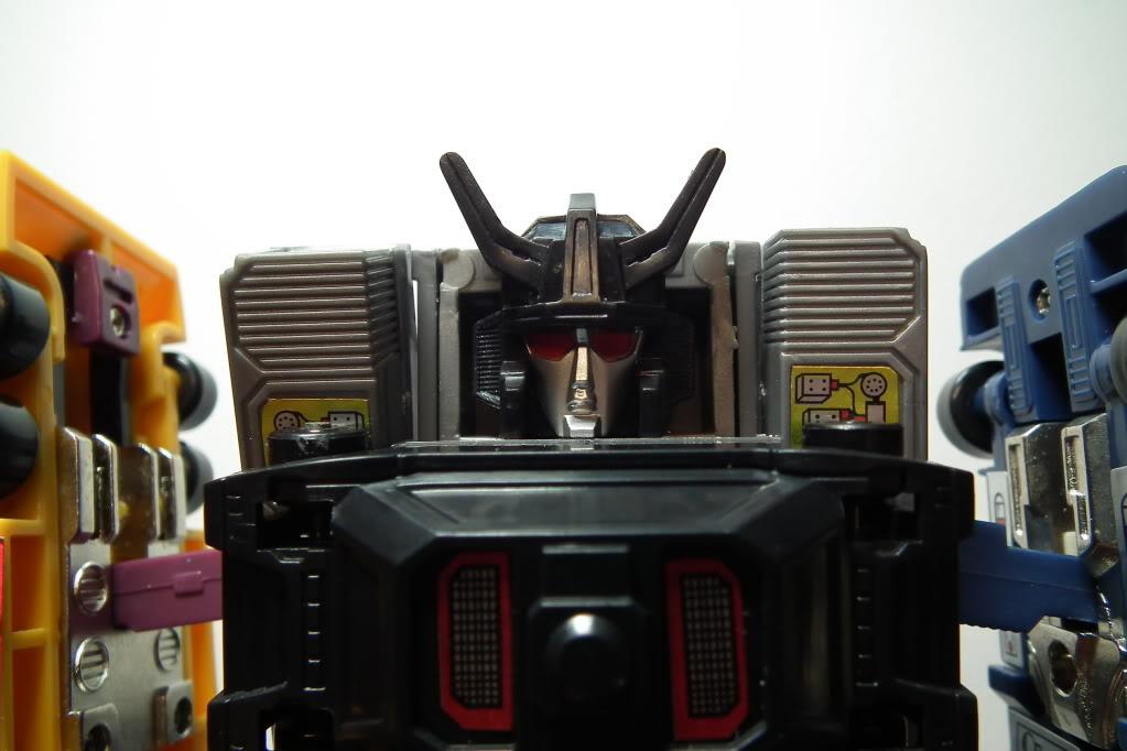 Collection de Braveheart: Venez voir mon musé personnel de Transformers - Page 6 DSCF3648