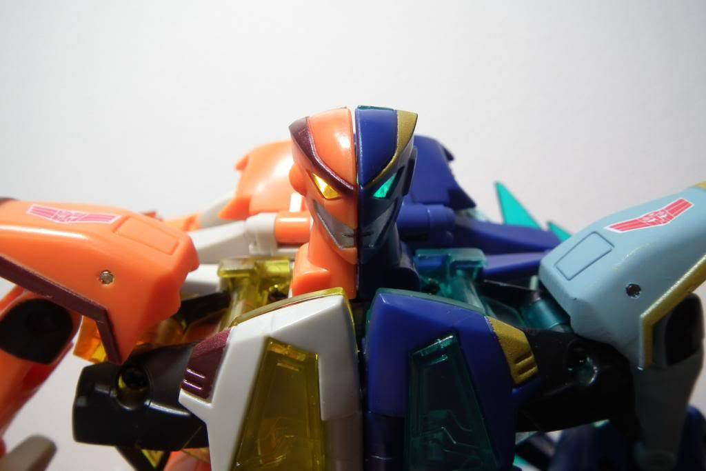 Collection de Braveheart: Venez voir mon musé personnel de Transformers - Page 5 DSCF2078