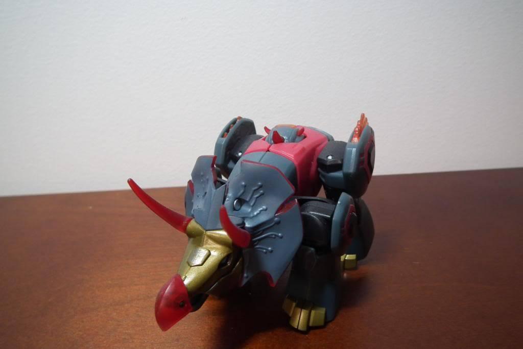 Collection de Braveheart: Venez voir mon musé personnel de Transformers - Page 5 DSCF2127
