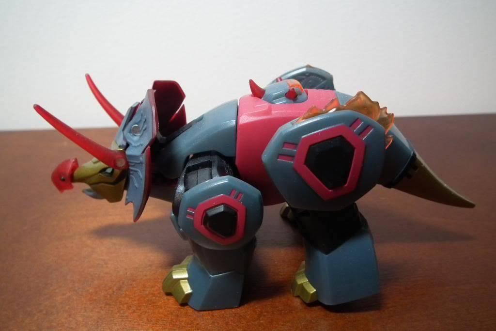 Collection de Braveheart: Venez voir mon musé personnel de Transformers - Page 5 DSCF2128