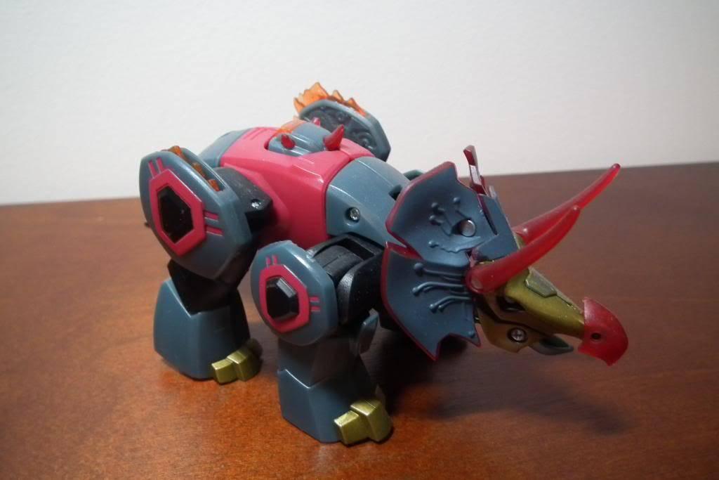 Collection de Braveheart: Venez voir mon musé personnel de Transformers - Page 5 DSCF2129