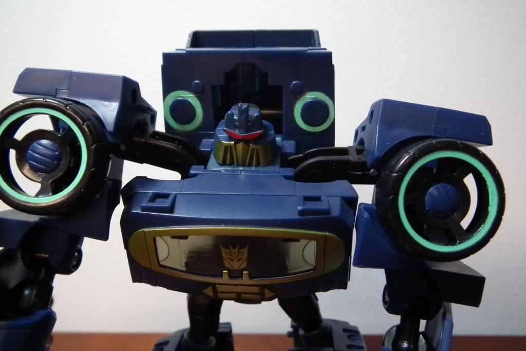 Collection de Braveheart: Venez voir mon musé personnel de Transformers - Page 5 DSCF2146