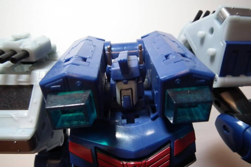 Collection de Braveheart: Venez voir mon musé personnel de Transformers - Page 5 DSCF2249