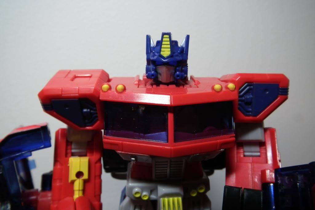 Collection de Braveheart: Venez voir mon musé personnel de Transformers - Page 2 DSCF1777
