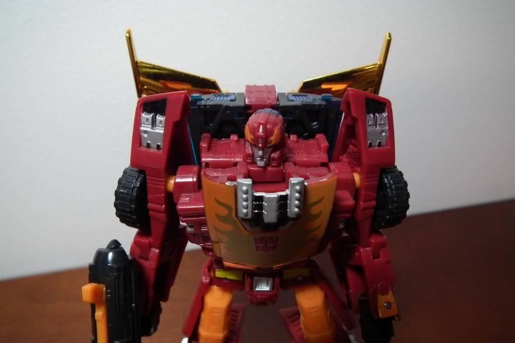 Collection de Braveheart: Venez voir mon musé personnel de Transformers - Page 2 DSCF1788