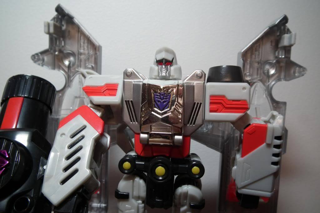 Collection de Braveheart: Venez voir mon musé personnel de Transformers - Page 2 DSCF1857