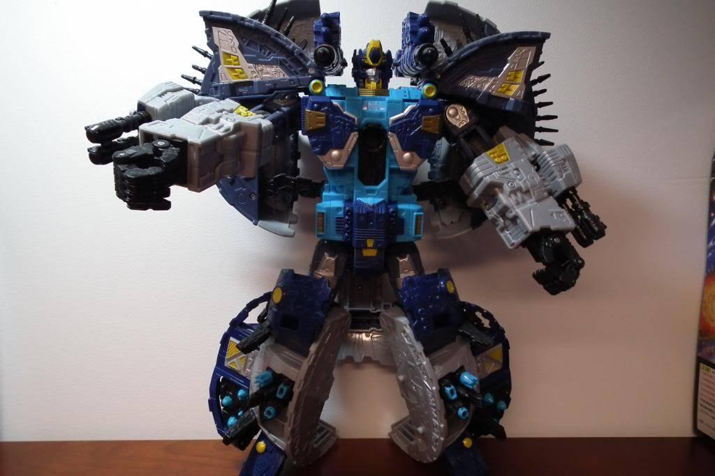 Collection de Braveheart: Venez voir mon musé personnel de Transformers - Page 4 DSCF0847