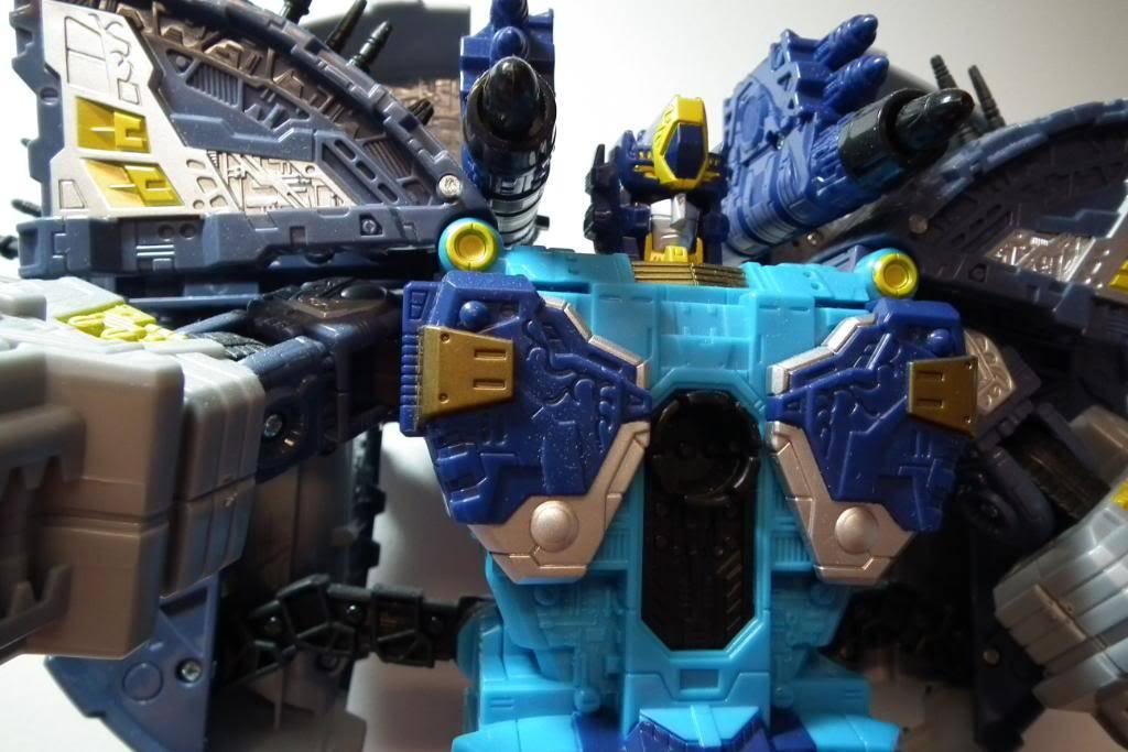 Collection de Braveheart: Venez voir mon musé personnel de Transformers - Page 4 DSCF0850