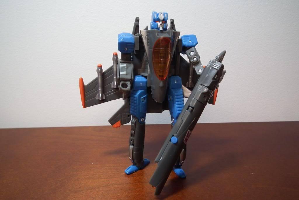 Collection de Braveheart: Venez voir mon musé personnel de Transformers - Page 4 DSCF2045