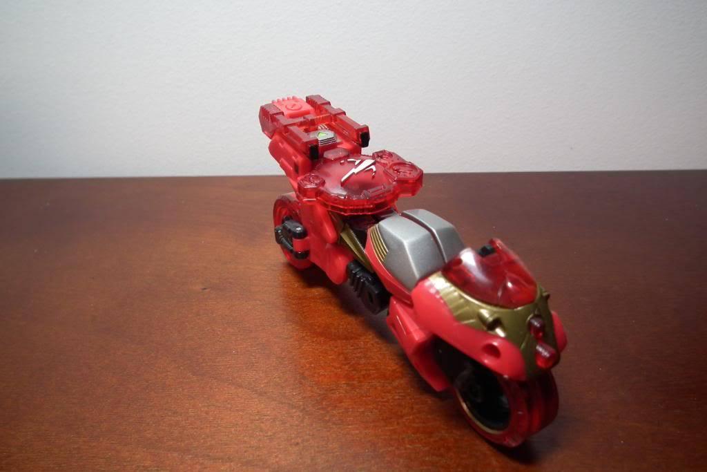 Collection de Braveheart: Venez voir mon musé personnel de Transformers - Page 4 DSCF2760