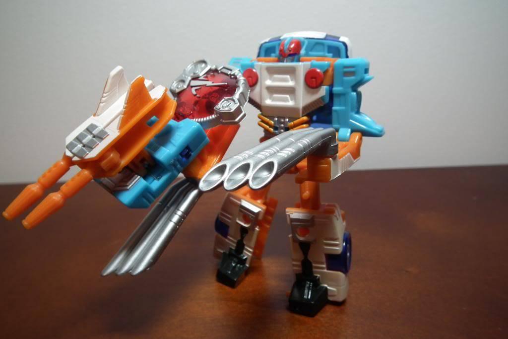 Collection de Braveheart: Venez voir mon musé personnel de Transformers - Page 4 DSCF2773