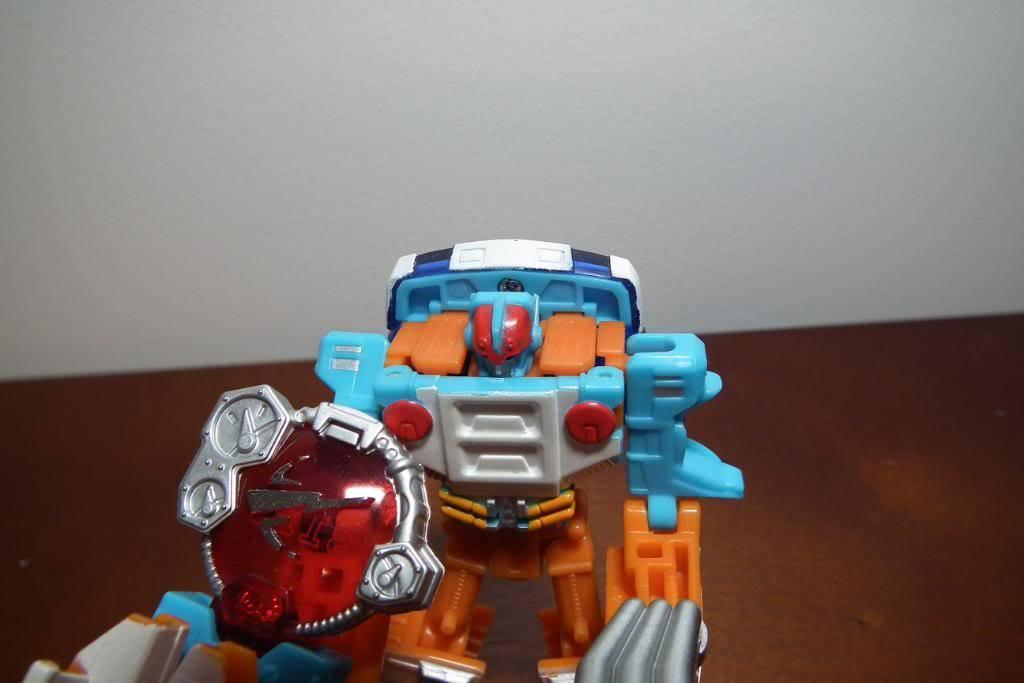 Collection de Braveheart: Venez voir mon musé personnel de Transformers - Page 4 DSCF2776