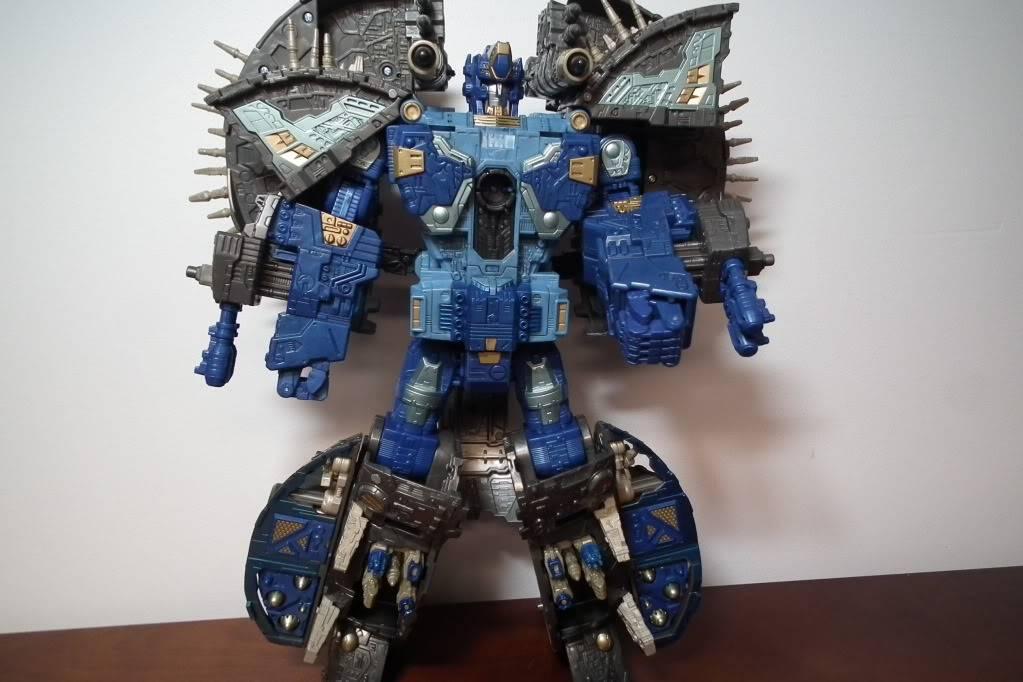 Collection de Braveheart: Venez voir mon musé personnel de Transformers - Page 7 DSCF4036