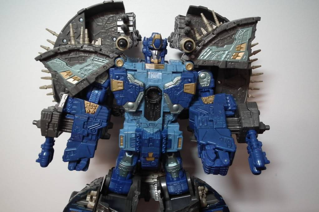 Collection de Braveheart: Venez voir mon musé personnel de Transformers - Page 7 DSCF4038