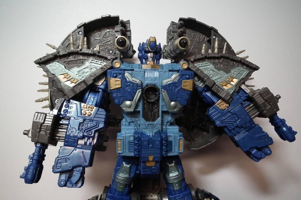 Collection de Braveheart: Venez voir mon musé personnel de Transformers - Page 7 DSCF4039