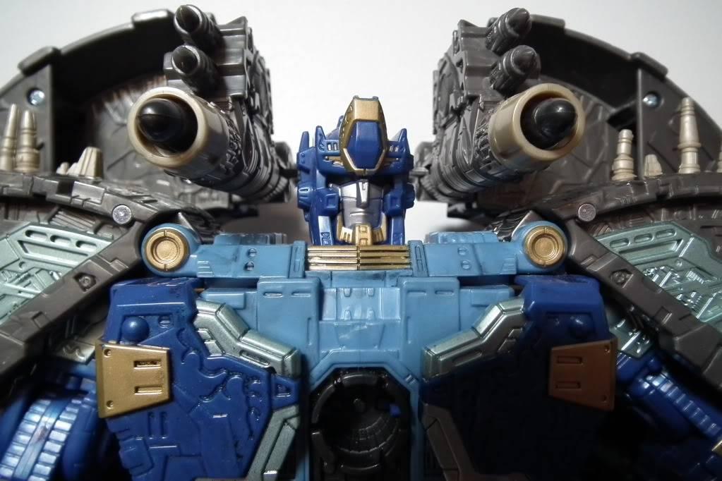 Collection de Braveheart: Venez voir mon musé personnel de Transformers - Page 7 DSCF4042
