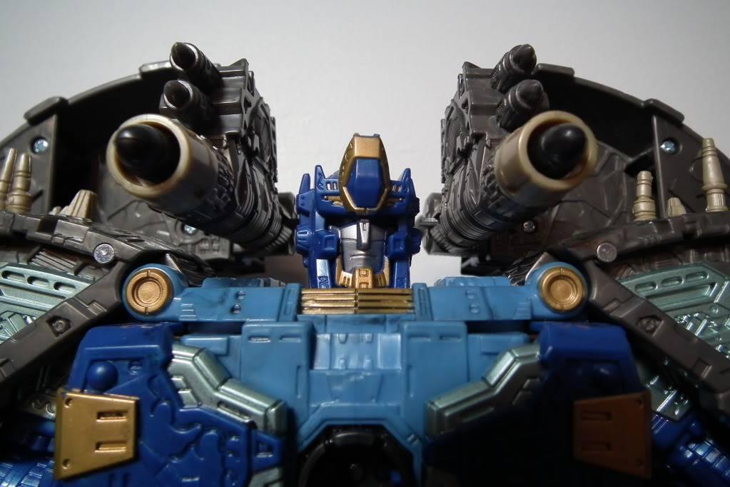 Collection de Braveheart: Venez voir mon musé personnel de Transformers - Page 7 DSCF4043