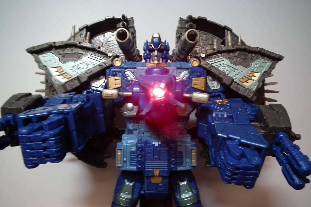 Collection de Braveheart: Venez voir mon musé personnel de Transformers - Page 7 DSCF4054