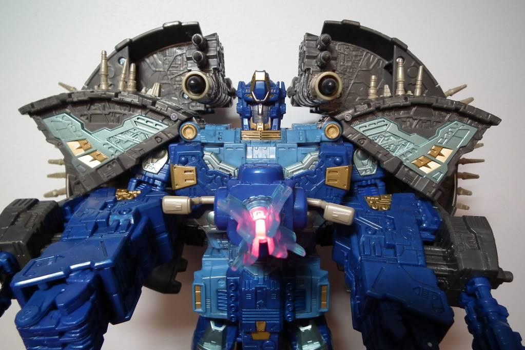 Collection de Braveheart: Venez voir mon musé personnel de Transformers - Page 7 DSCF4055