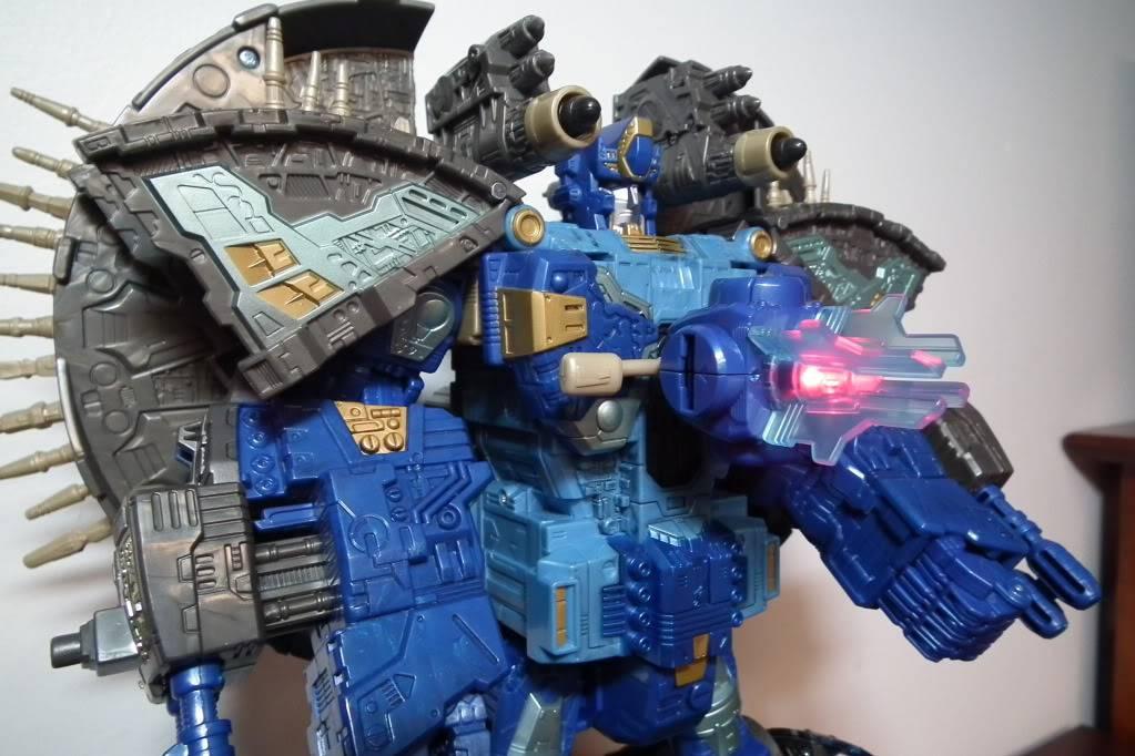 Collection de Braveheart: Venez voir mon musé personnel de Transformers - Page 7 DSCF4056