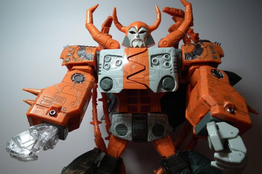 Collection de Braveheart: Venez voir mon musé personnel de Transformers - Page 6 DSCF3750