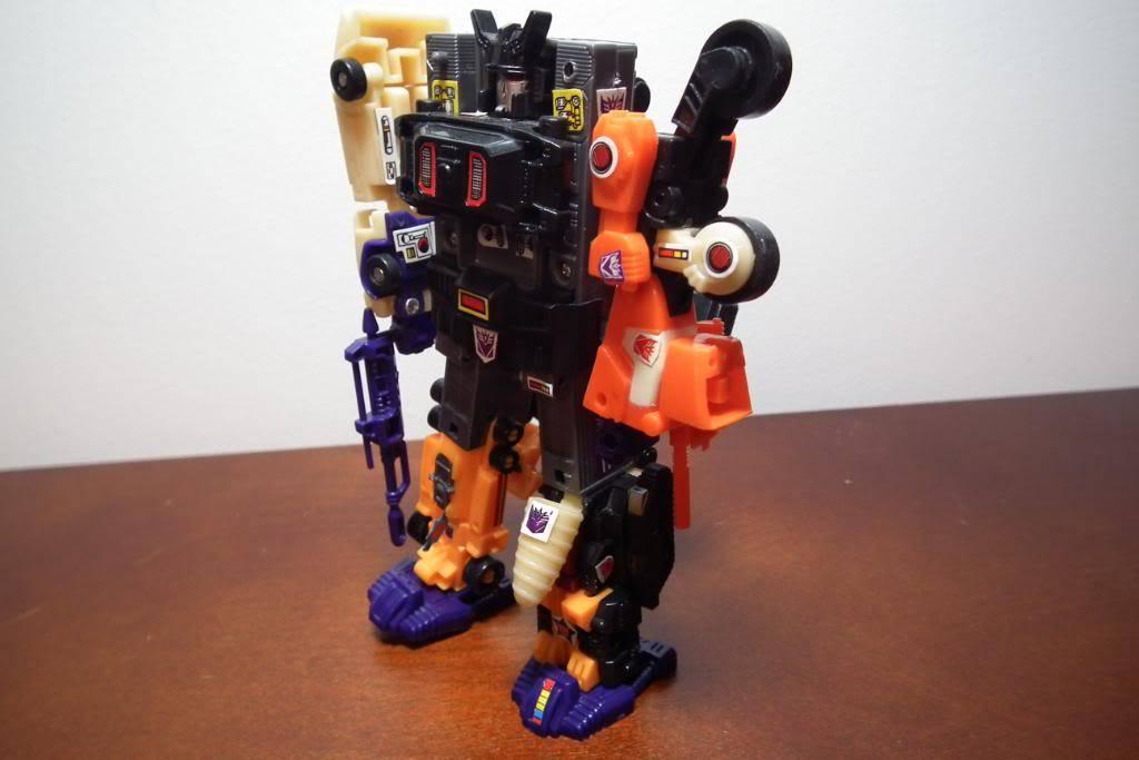 Collection de Braveheart: Venez voir mon musé personnel de Transformers - Page 4 DSCF2822