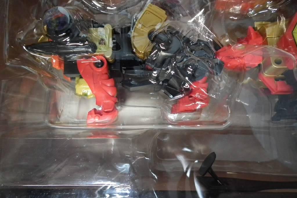 Collection de Braveheart: Venez voir mon musé personnel de Transformers - Page 6 DSCF4077