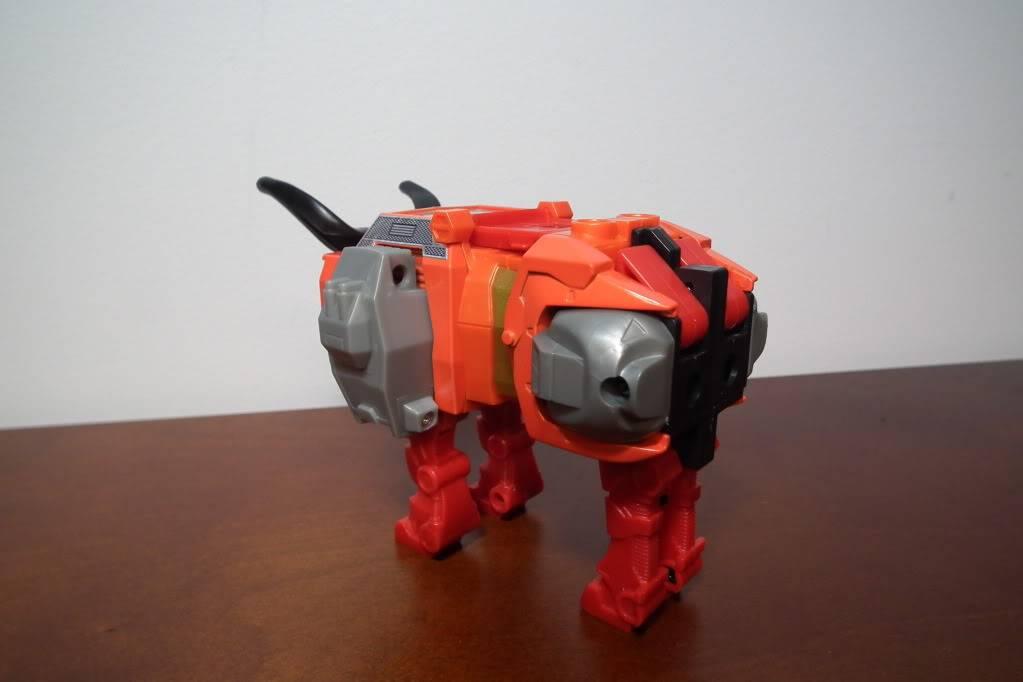 Collection de Braveheart: Venez voir mon musé personnel de Transformers - Page 6 DSCF4091